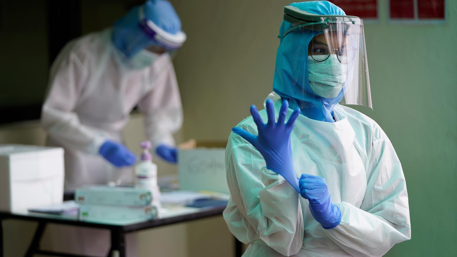 Оперативная статистика по коронавирусу в России на 28 апреля