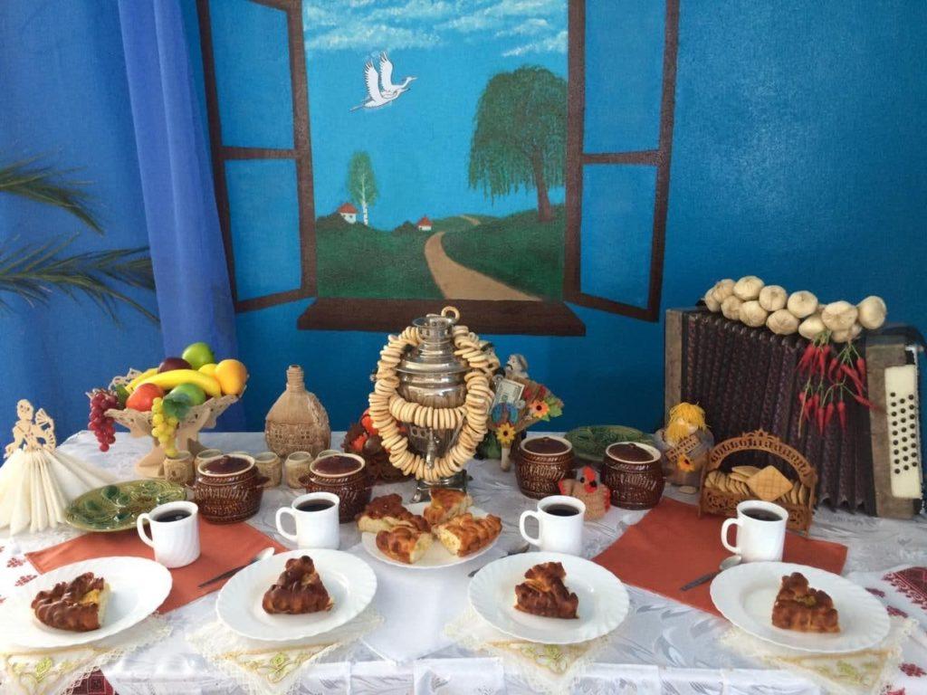 Самовар и пироги: день рождения по-армейски
